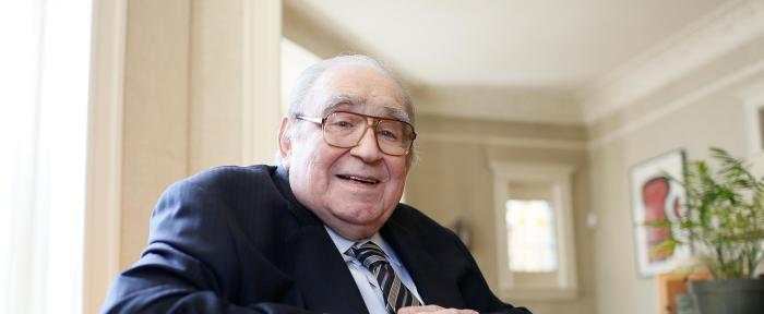 Robert W. Fogel (1926-2013)
