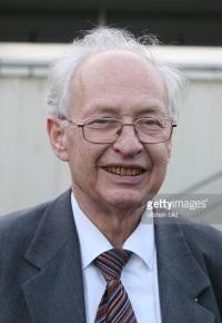 Reinhard Selten (1930-)