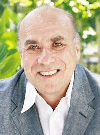Roman Frydman (1948-)