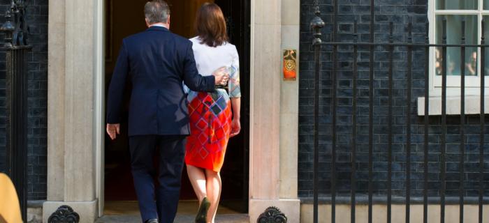 Sau thành công của sự kiện Brexit, Thủ tướng David Cameron tuyên bố, vào hôm Thứ Sáu 24 tháng 6, rằng ông sẽ rời khỏi căn nhà số 10 đường Downing Street trong ba tháng tới. ®ERIC TSAHEN/REA