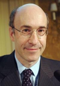 Kenneth Rogoff (1953-)