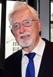 Axel Leijonhufvud (1933-)